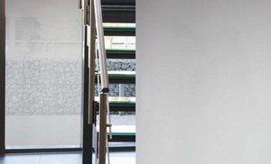 Zonwerende raamfolie statisch 50cm (lichtgrijs)