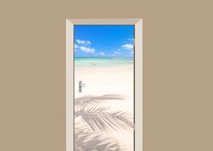 Deursticker strand in Mauritius
