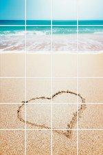 Foto tegelsticker 15x15 'Hartje in het zand' 90x60 cm hxb